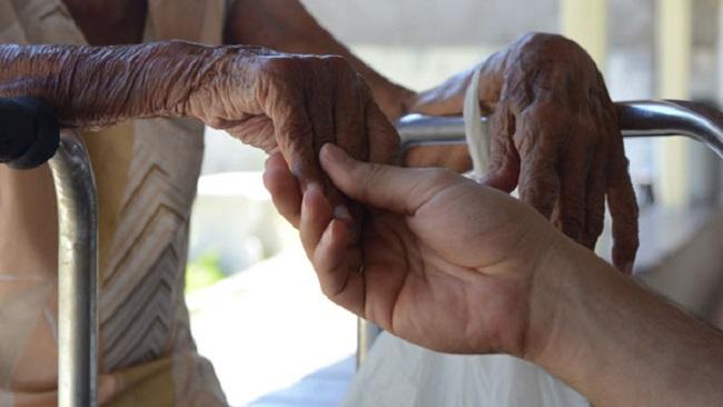 Para religiosa, amor é eficaz para resgatar importância da pessoa idosa
