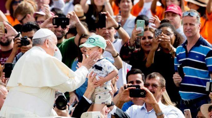 Francisco: difundamos o perfume de uma vida santa inspirada no Evangelho