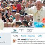 Crianças devem poder brincar e estudar, diz Papa no Twitter