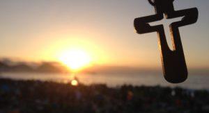 """""""As vocações nascem na oração e da oração. E só na oração podem perseverar e dar fruto"""" (Papa Francisco)."""