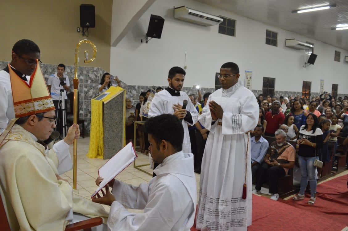 Fotos da Ordenação Diaconal de Anderson Galvão