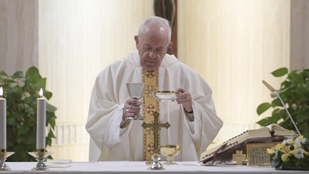 Francisco: o remédio contra a hipocrisia é a autoacusação