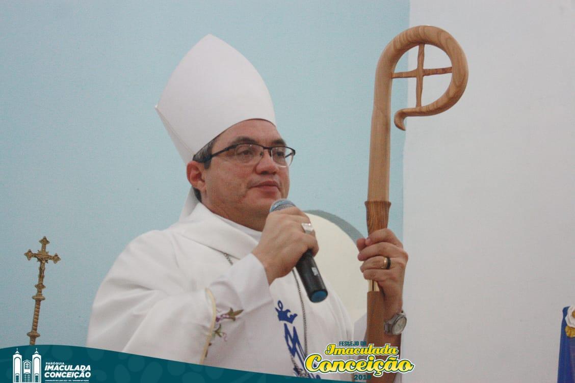 Dom Evaldo celebra em Conceição do Lago Açu no festejo da padroeira da cidade