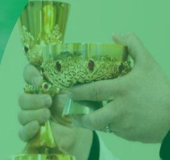 Adoração e Santa Missa