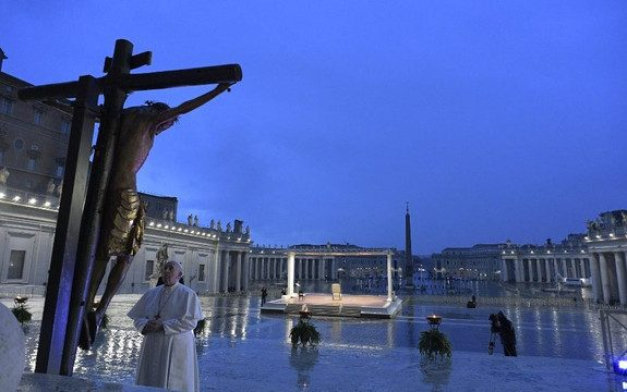 Papa Francisco: procuremos o contágio do amor, transmitido de coração a coração