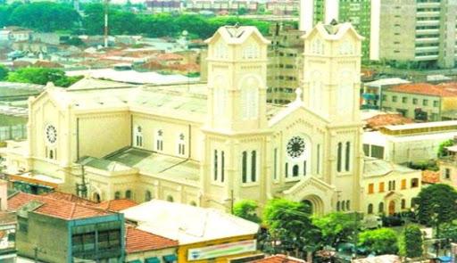 Igreja de Sant'Ana, em São Paulo, elevada a Basílica Menor