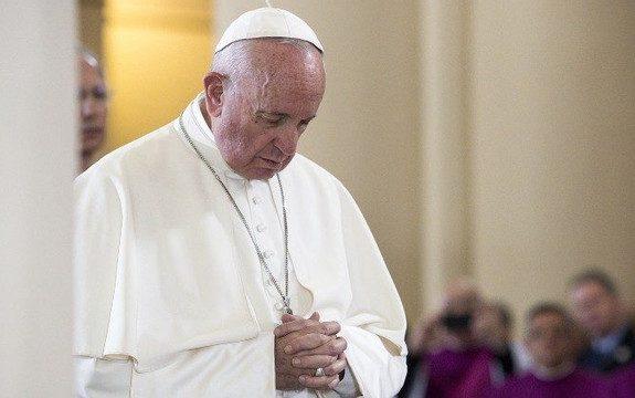 Francisco participa hoje de encontro inter-religioso de Oração pela Paz