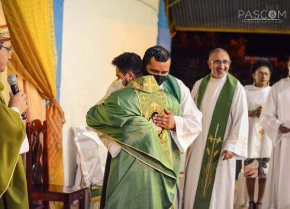 Posse do novo Pároco de Conceição do Lago Açu - Pe Francinaldo